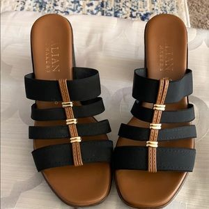 Italian Shoemakers Black and Tan sandals size 8